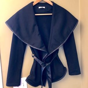 Xtaren Black Jacket Wrap Size Small